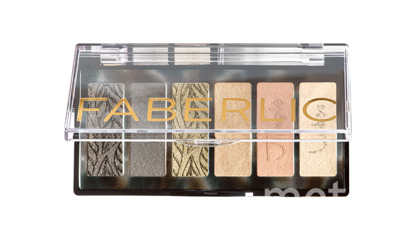 "Палетка теней Faberlic Beauty Vibes (999 руб.). Фото Предоставлено интернет-магазином, ""Metro"""
