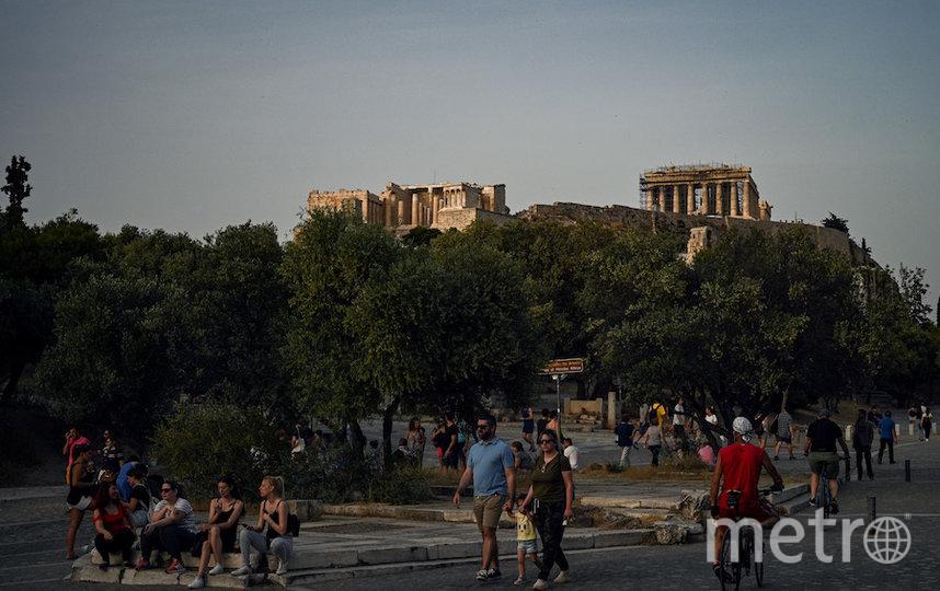 У достопримечательностей Афин снова много людей. Фото AFP