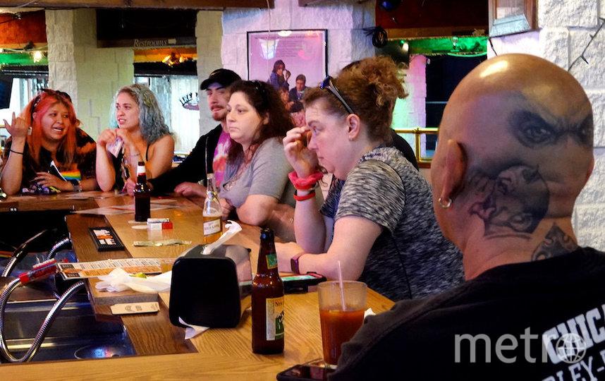 Посетители кафе в американском штате Висконсин. Фото AFP
