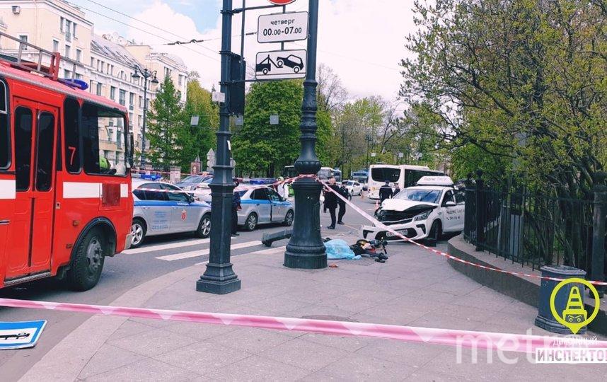 Смертельное ДТП на Суворовском. Фото Дорожный инспектор /vk.com/dorinspb, vk.com