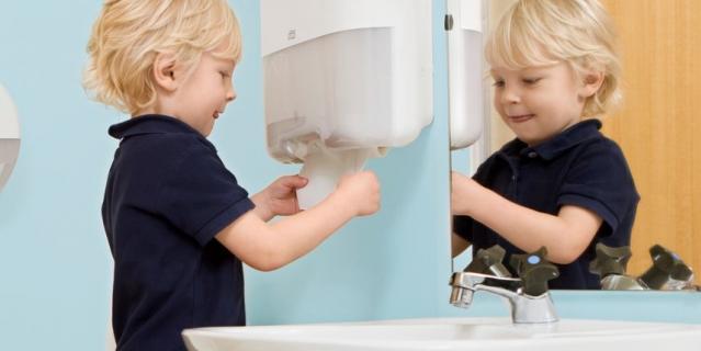 Обучение детей гигиене рук.