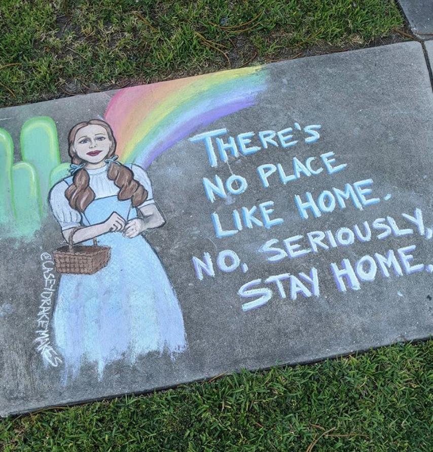 """""""Нет такого же места, как дом. Нет, серьёзно, оставайтесь дома"""", – говорит Дороти. Фото Instagram @caseydrakemakes"""