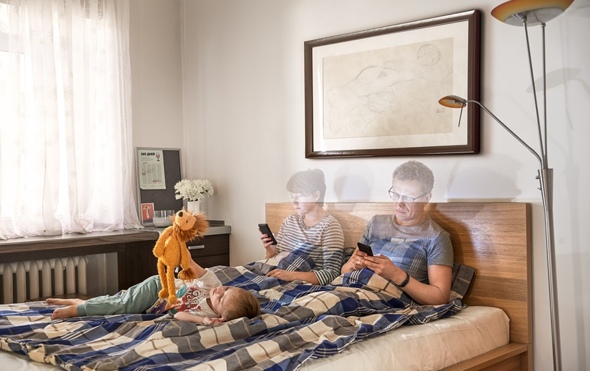 Пусть лучшими друзьями ваших растущих детей будете вы, а не игрушки. Фото instagram.com/al_lapkovsky