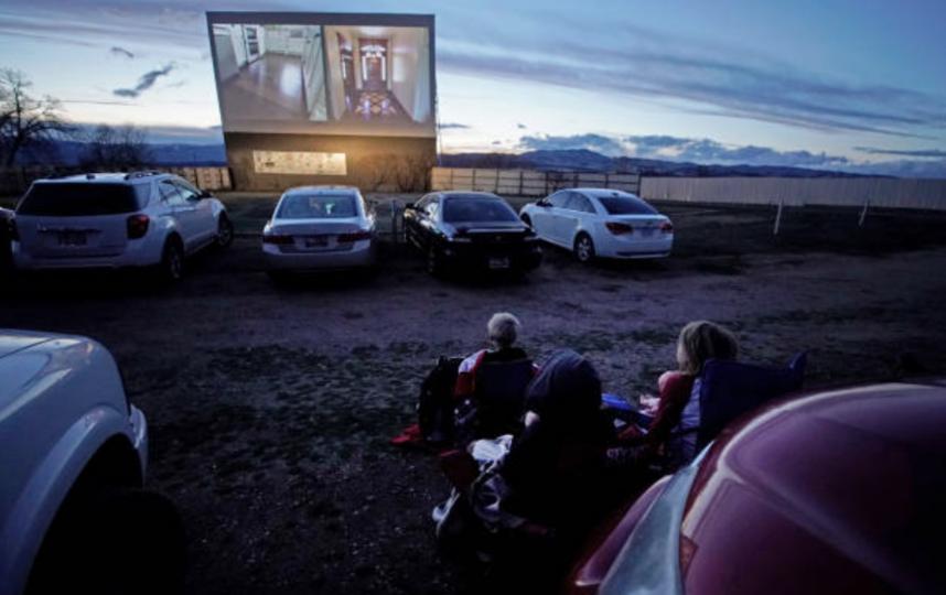На столичных парковках появятся кинотеатры для автомобилистов под открытым небом. Фото Getty