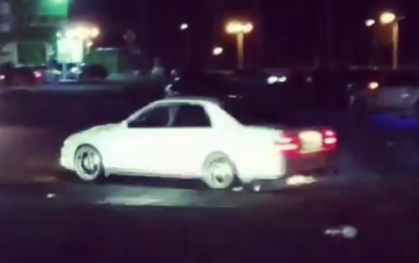 Собрание автолюбителей прервала полиция. Скриншот видео. Фото Instagram: @known.as_ryab