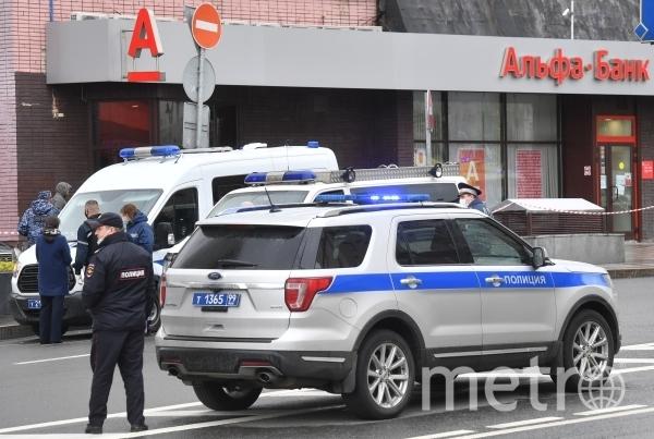 В ходе штурма отделения банка никто не пострадал. Фото РИА Новости