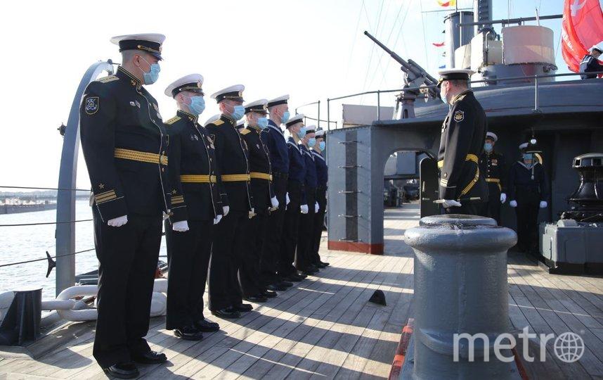 """На """"Авроре"""" состоялось торжественное построение экипажа в парадной форме. Фото ЗВО"""