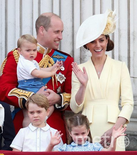 Принц Уильям и Кейт Миддлтон с детьми. Фото Getty