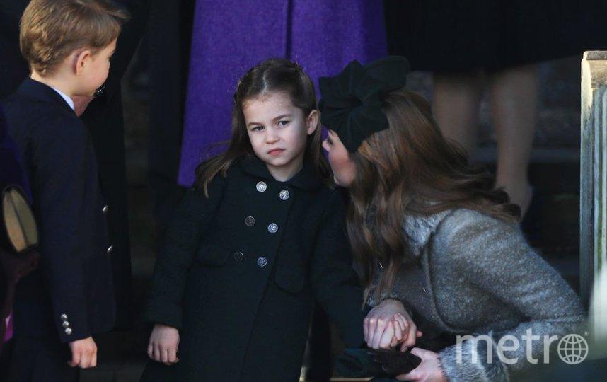 Принц Джордж и принцесса Шарлотта с мамой Кейт Миддлтон. Фото Getty