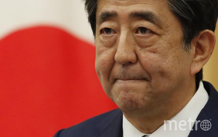 Отменил режим чрезвычайной ситуации премьер-министр Японии Синдзо Абэ. Фото Getty