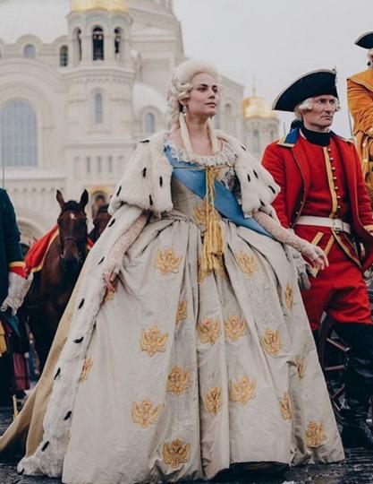 Юлия Снигирь в образе Екатерины II. Фото Instagram @yuliasnigir