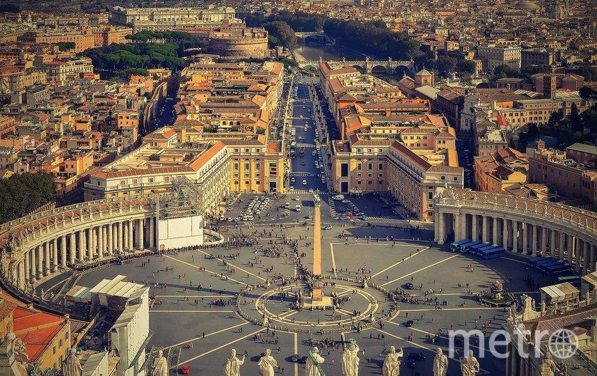 """Музеи Ватикана посещают туристы, увлечённые культурой. Фото pixabay.com, """"Metro"""""""