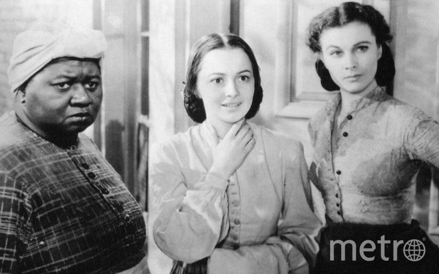 """Оливия Де Хэвилленд в центре (""""Унесенные ветром"""", 1939 год). Фото New Line, kinopoisk.ru"""