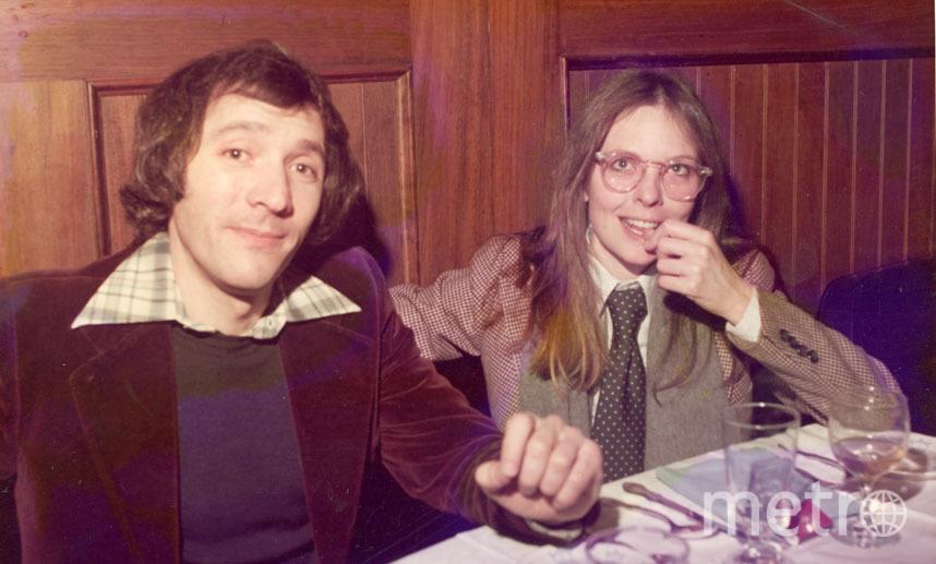 А это Дайан Китон в ресторане, 1980 год. Спорим, такой вы ее не помните? Фото Getty