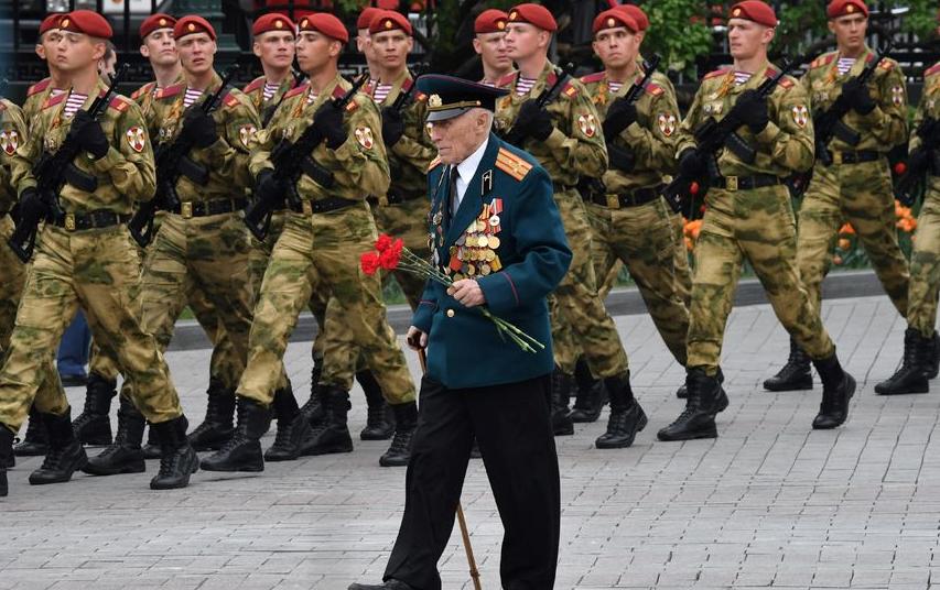 Парад Победы в Москве на Красной Площади (архивное фото). Фото Василий Кузьмичёнок