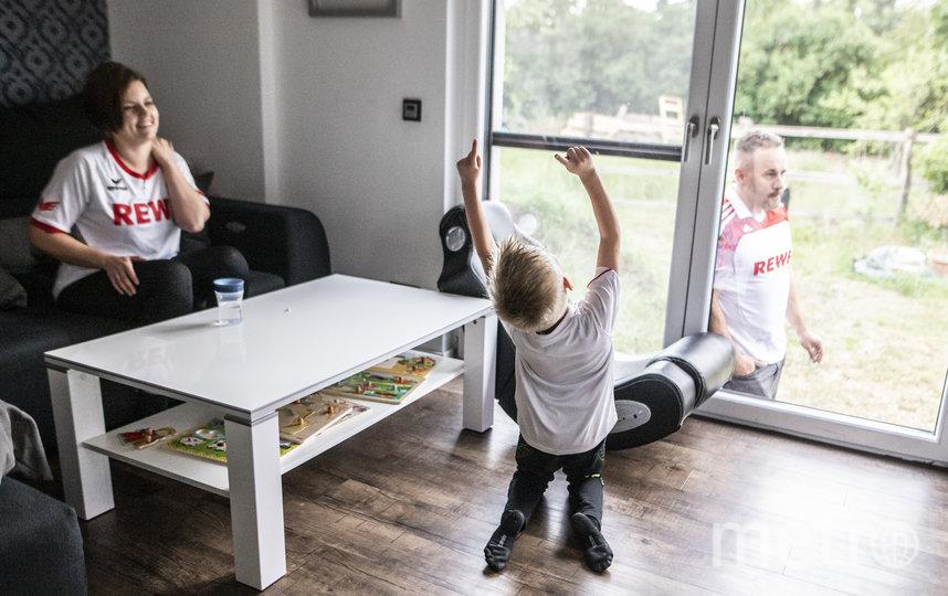 Более 77% детей в возрасте до 18 лет находятся дома на карантине. Фото Getty