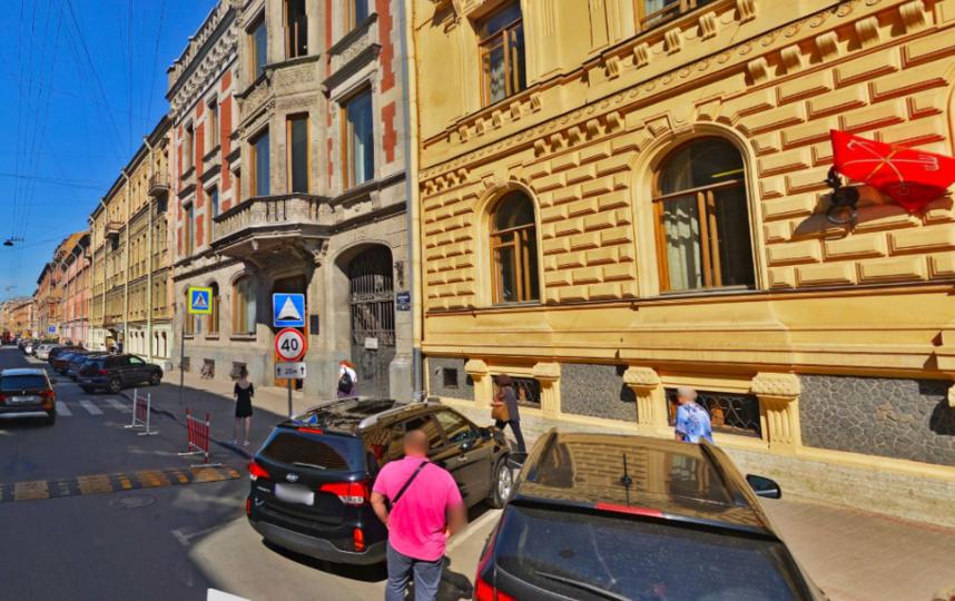 "Моховая улица - любимая у Боярского. Фото яндекс.карты., ""Metro"""