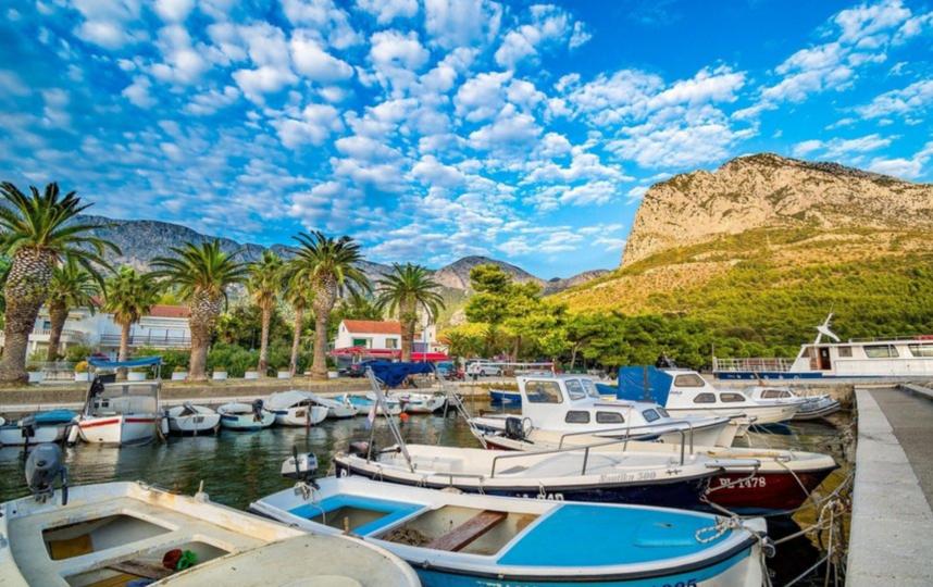 На курорты Хорватии съезжаются со всего мира. Фото pixabai.com