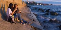 Во Владивостоке открыли набережные и пляжи