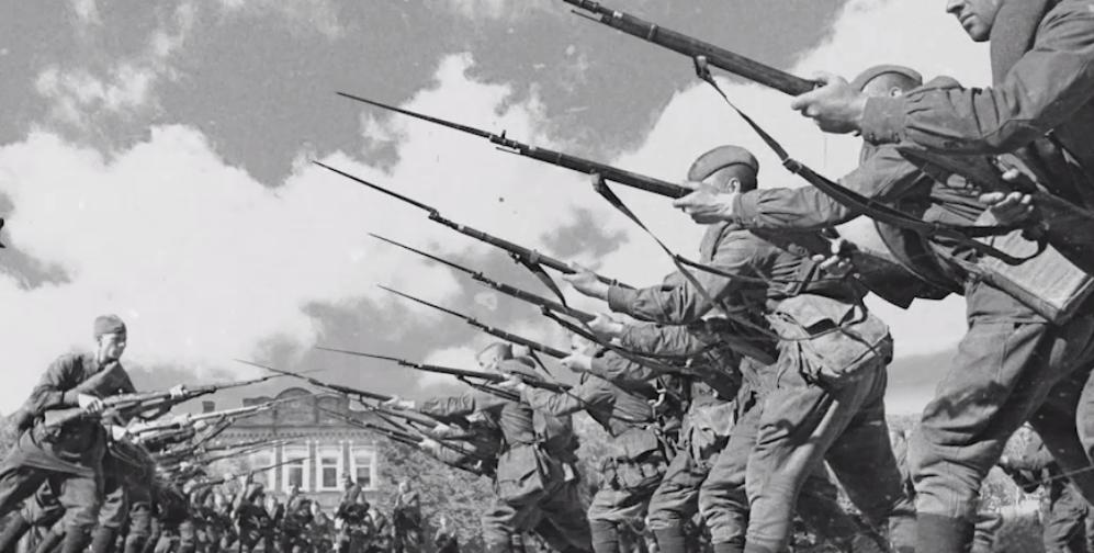 """Аудиоспектакль """"Музыка героев"""". Фото Скриншот видео с сайта музыкагероев.рф."""