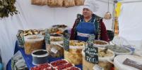Как работают рынки и ярмарки в Ленинградской области с конца мая