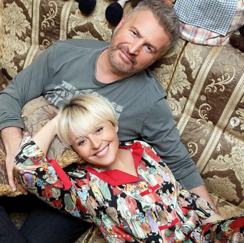 Анжелика Варум и Леонид Агутин на карантине любят побаловать себя вкусными блюдами. Фото Instagram @avarum