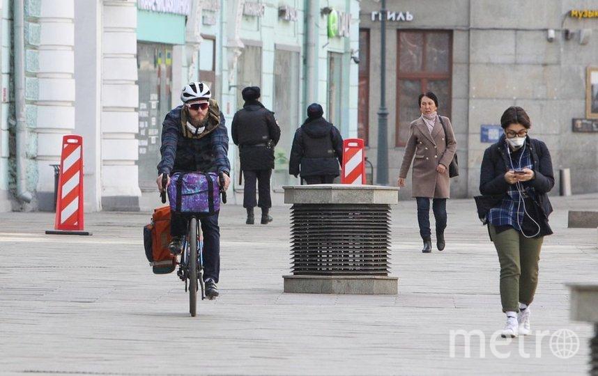 """Москвичи теперь могут гулять 3 раза в неделею, но в масках. Фото АГН """"Москва""""/Адрей Никеричев"""