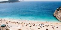 В Турции на пляжах запретят курить сигареты и кальян