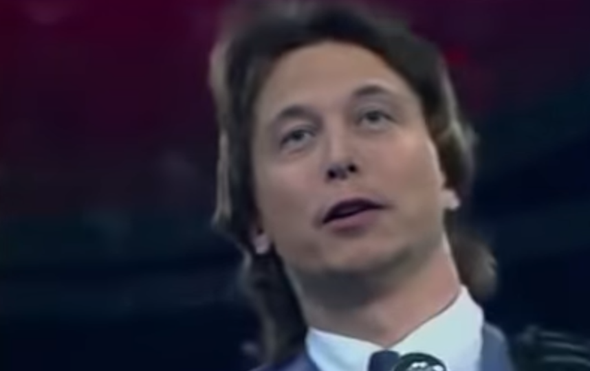 "Поющий ""Траву у дома"" Илон Маск. Фото Скриншот, Скриншот Youtube"