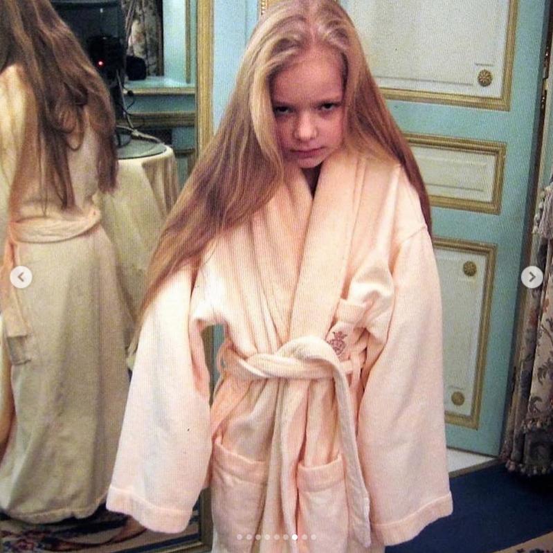 Елизавета Пескова гордится своими волосами. Фото Instagram @lisa_peskova