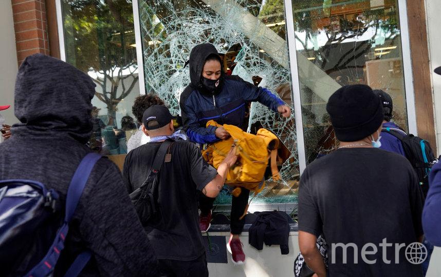 Протесты в Штатах - в Лос-Анджелесе, Вашингтоне и в Миннеаполисе. Фото Getty