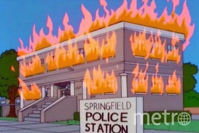 """Поджог полицейского участка в """"Симпсонах"""". Фото Скриншот YouTube , Скриншот Youtube"""
