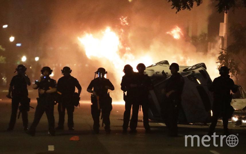 Нью-Йорк в огне. Фото Getty