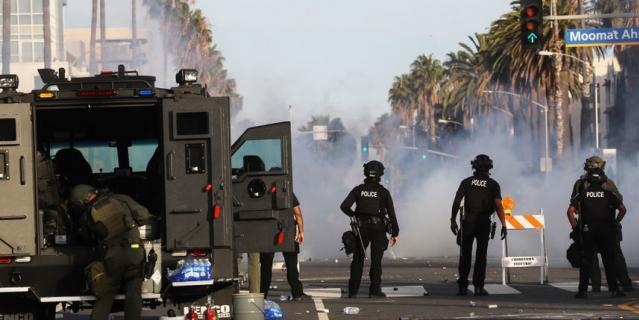 Это Лос-Анджелес.