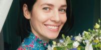 Юлии Снигирь 37 лет: как актриса проводит карантин, что ест и во что играет с ребёнком
