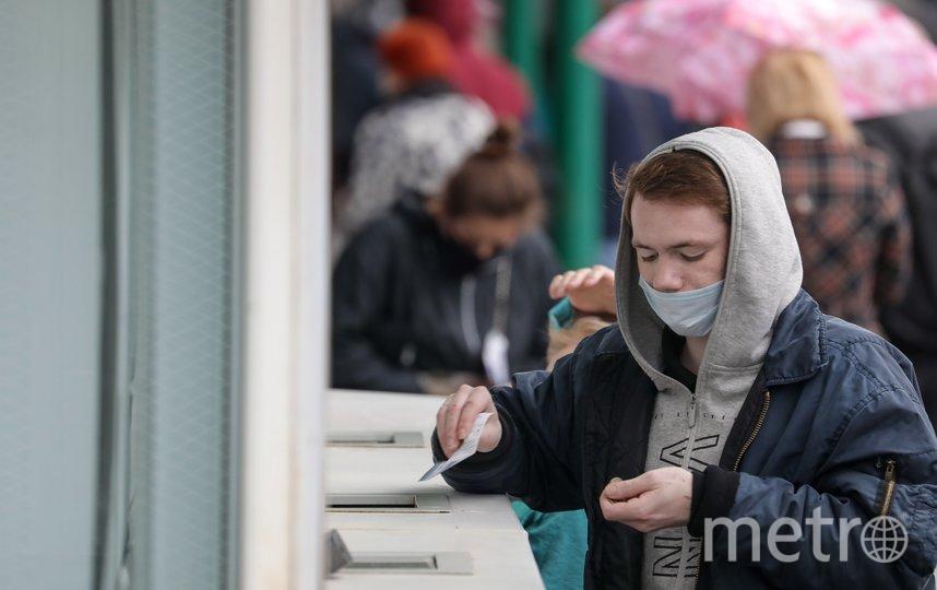 """По мнению Семёнова, люди будут носить маски даже после пандемии. Фото Агентство """"Москва"""""""