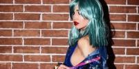 Сексуальная и обнажённая Ольга Бузова в разноцветных париках стала хитом в Сети: фото