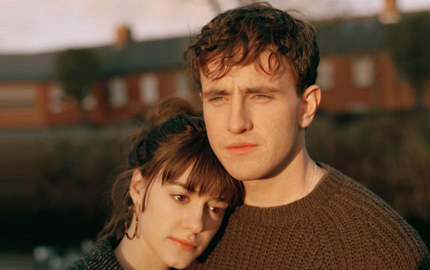 Главные герои Коннел и Марианна. Фото кадр из сериала