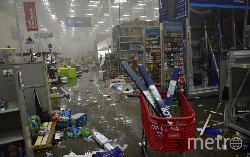Последствия погромов в США. Фото Getty