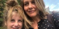 Алисия Сильверстоун принимает ванну с 9-летним сыном