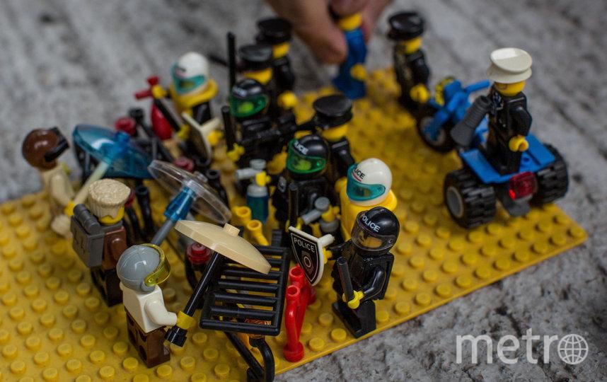 Рекламировать полицейских Lego больше не будет в знак солидарности с протестующими. Фото Getty