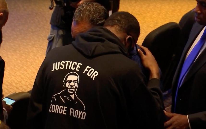 Многие афроамериканцы пришли на церемонию в знак солидарности. Фото Скриншот трансляции церемонии