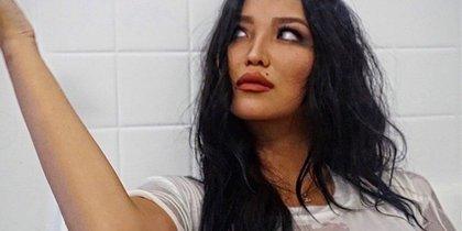 Молодая жена Александра Цекало показала грудь в ванной
