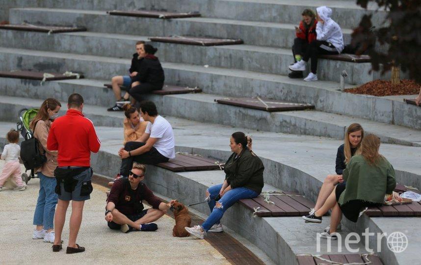 """Найти человека в маске в """"Яме"""" в первую прогулочную субботу было сложно. Фото Василий Кузьмичёнок"""