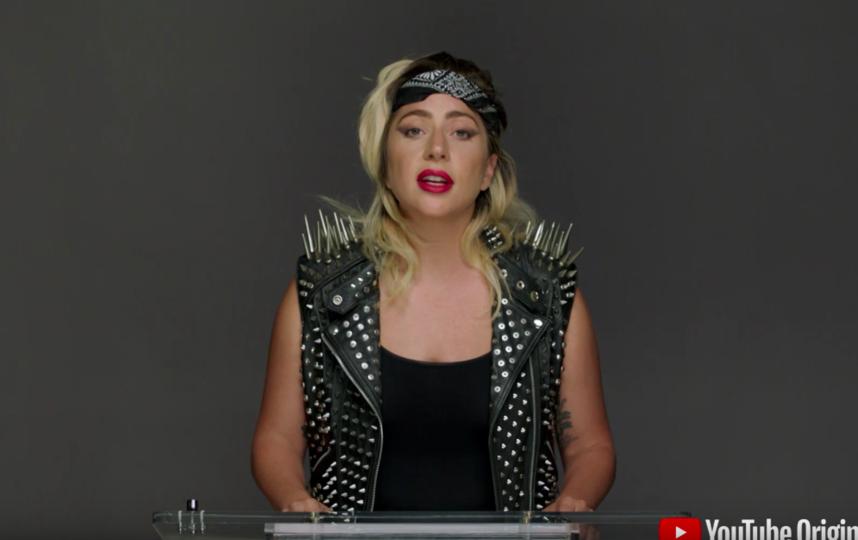 Леди Гага обратилась к школьникам и студентам во время YouTube-выпускного. Фото Скриншот Youtube
