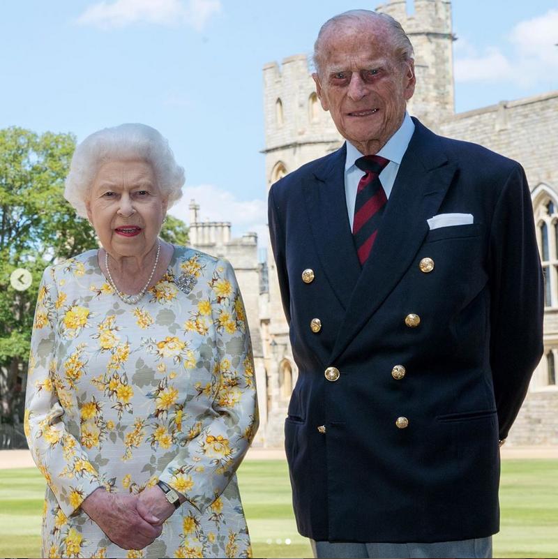 Принц Филипп с Елизаветой II. Фото Instagram @kensingtonroyal
