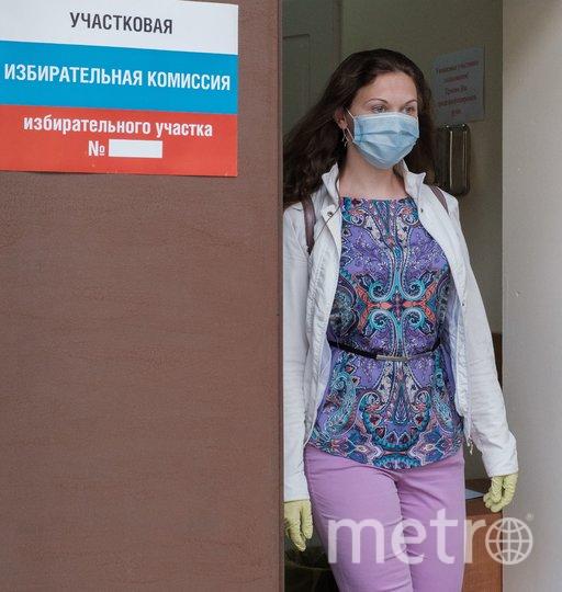 "На голосовании по Конституции в Петербурге раздадут маски, перчатки и ручки. Фото Алена Бобрович, ""Metro"""