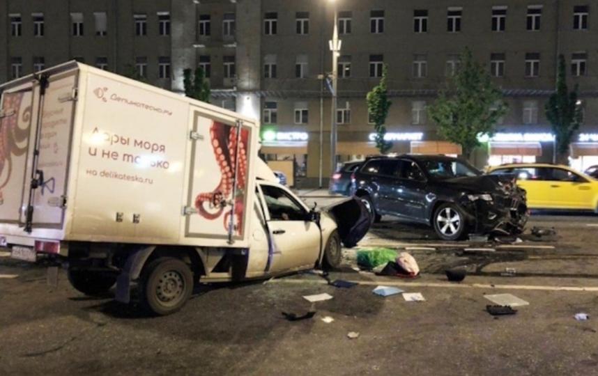 Та самая авария на Садовом. Фото РИА Новости