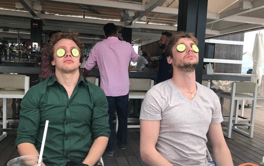 Артемий Панарин и Сергей Бобровский. Фото Instagram @sergeibobrovsky