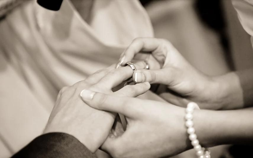 Гостями могут оказаться жених и невеста. Фото Pixabay
